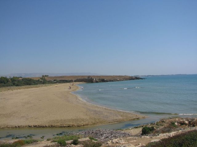 01_eloro_beach
