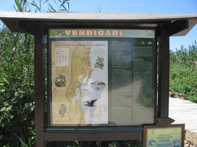 08_vendicari_beach