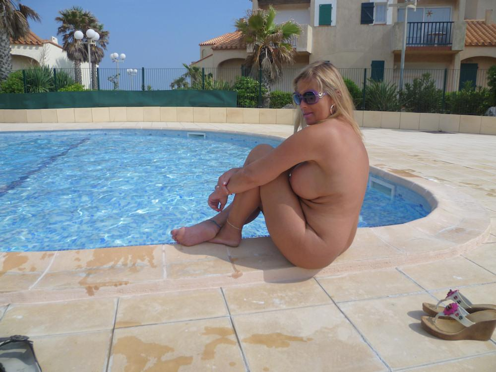 oasis nudist-resort