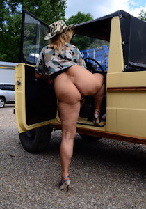 naked_jeep-safari_04