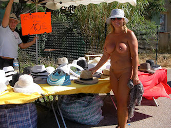 Nude shopping at market-place