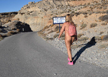 walking nude to the beach