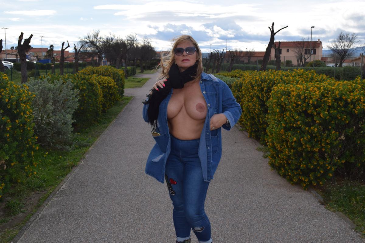 nudist oasis